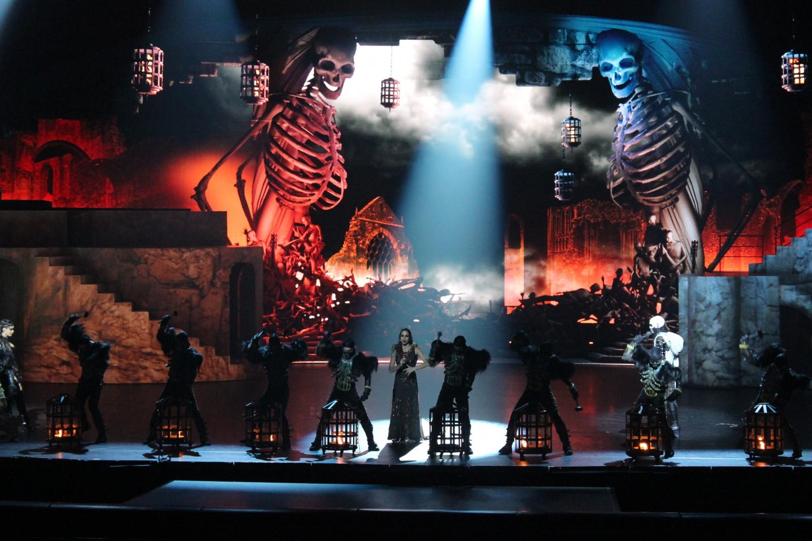 photo-accessoires-theatre-lra-squelette