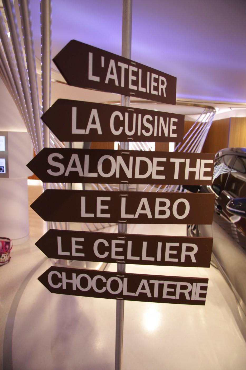 photo Scénographie La chocolaterie BMW panneaux