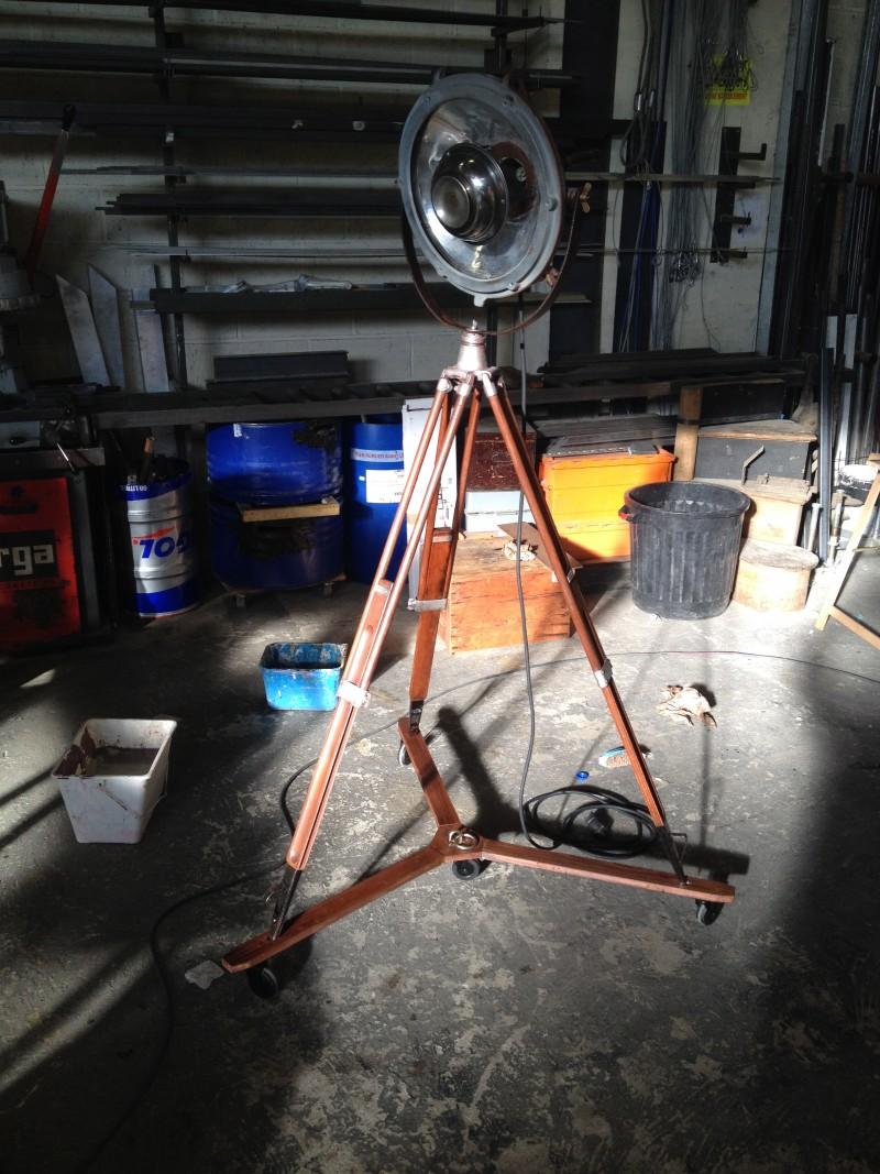 photo-accessoires-theatre-mistinguette-lampadaire