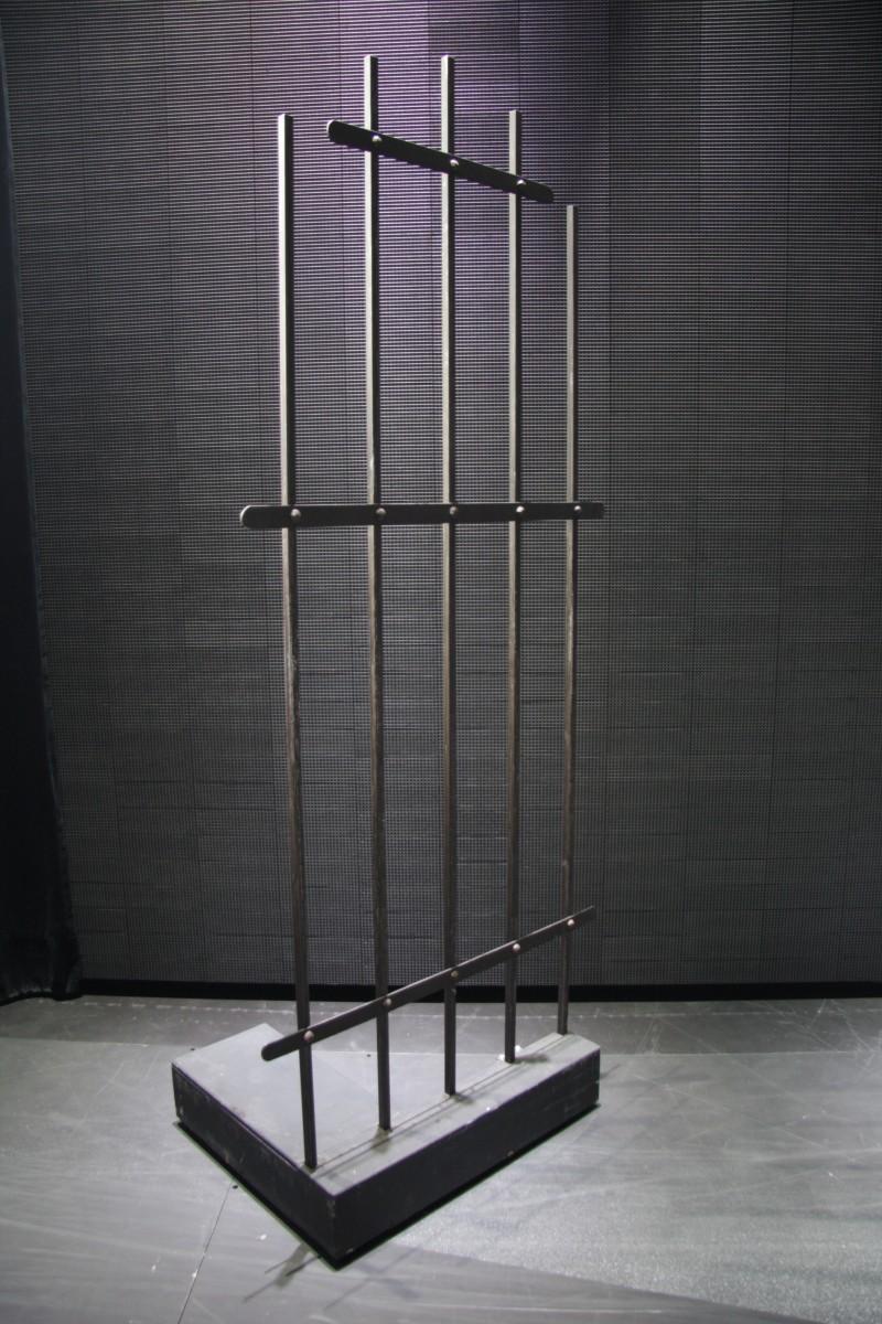 photo-accessoires-theatre-robin-prison